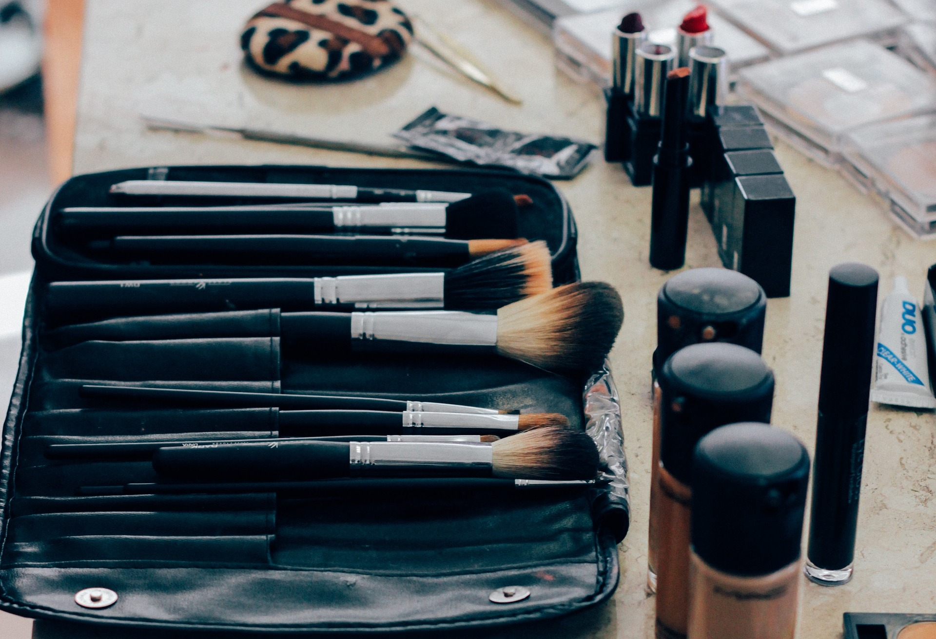 Wash your make-up brushes you dirty b**ch!